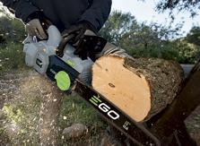 Tronçonneuses sans fil à batterie EGO